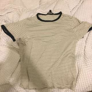 BRAND NEW Glassons fitted tee SZ Medium