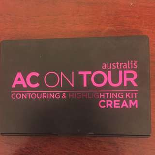 Ac on tour Contouring and Highlighting kit