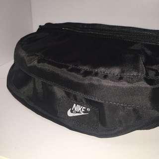 Nike腰包含運‼️現貨供應‼️