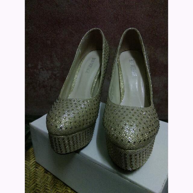 黃金水鑽高跟鞋