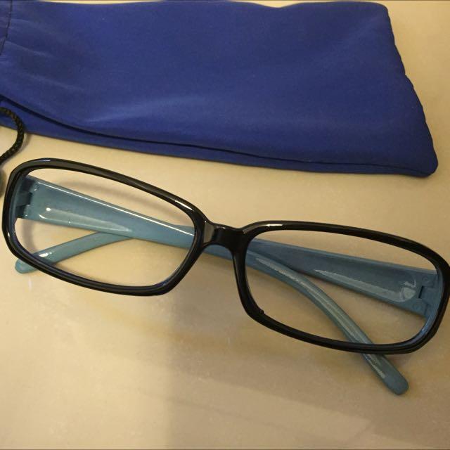藍框眼鏡💙