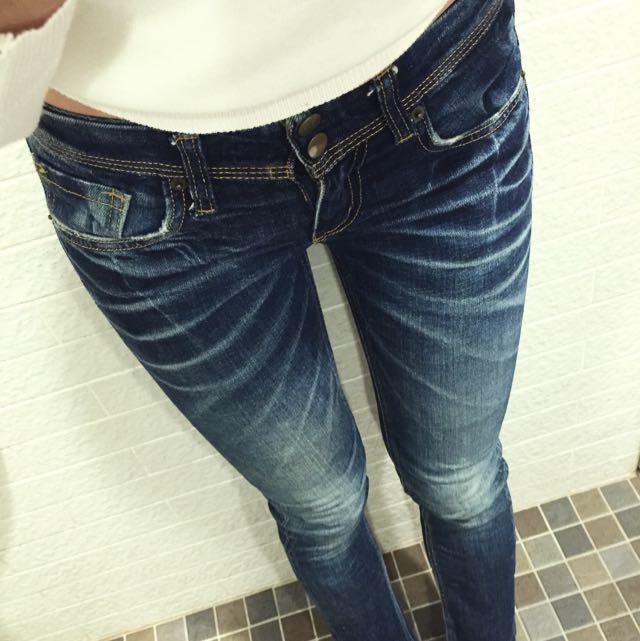 韓國 FUNNY POWER窄管牛仔褲直筒牛仔褲XS