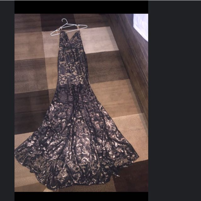 Abyss Gown