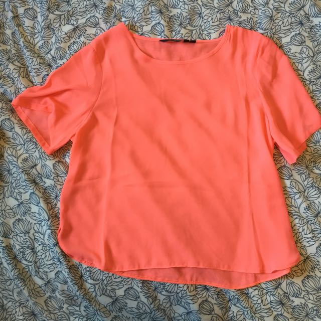 Glassons Short Sleeve Cropped Pink Top