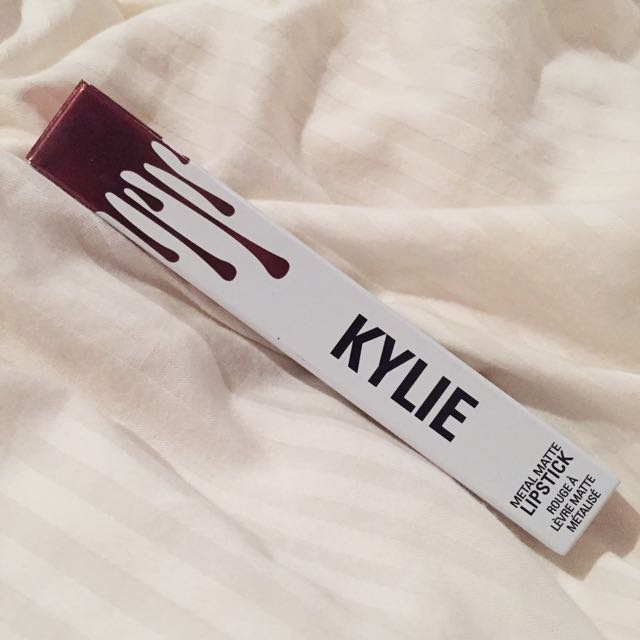 Kylie Cosmetics (Reign)