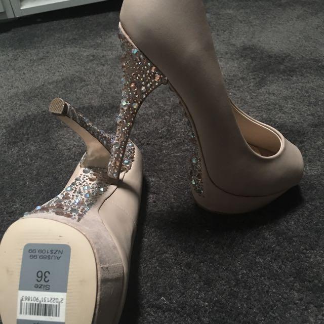 Never Worn Forever New Heels
