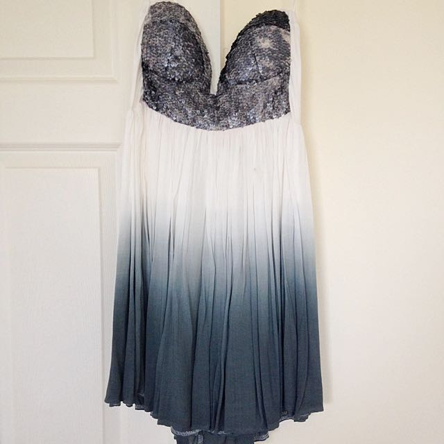 Strapless Sequinned Going Out Dress