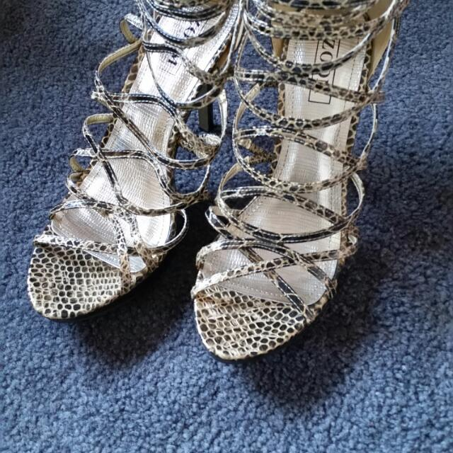 Zoom Heels Reptile Print With Zip Detail Approx Size 8