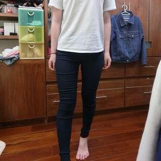 彈性貼腿褲