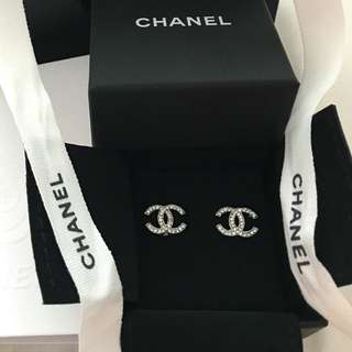 Authentic CHANEL Classic CC Silver Rhinestone Earrings!! NEW