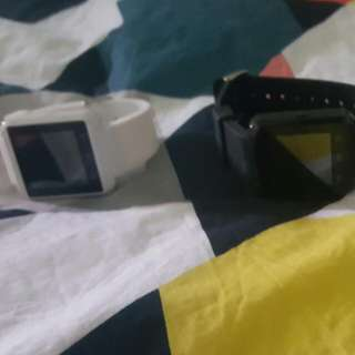 U8 Smart watches in new condtion.