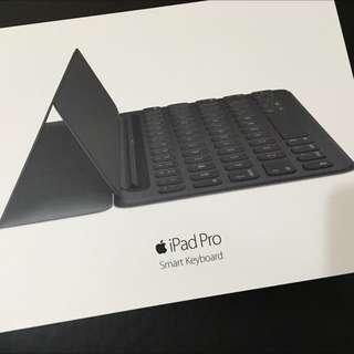 【售】9.99成新 IPad Pro 9.7吋專用 Smart Keyboard