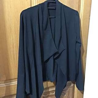 黑色造型外套
