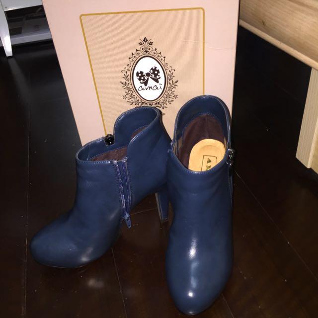 藍色高根裸靴