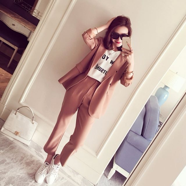 全新現貨/韓春夏款_時尚西装外套+九分休閒褲兩件套組(卡其粉色)