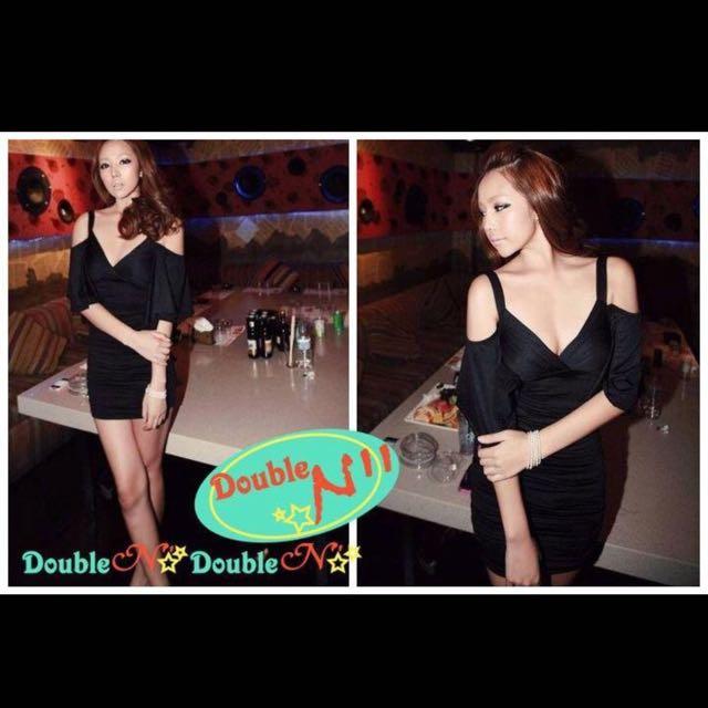 「全新•特價」黑色低胸荷葉袖後背交叉綁帶顯瘦連身裙