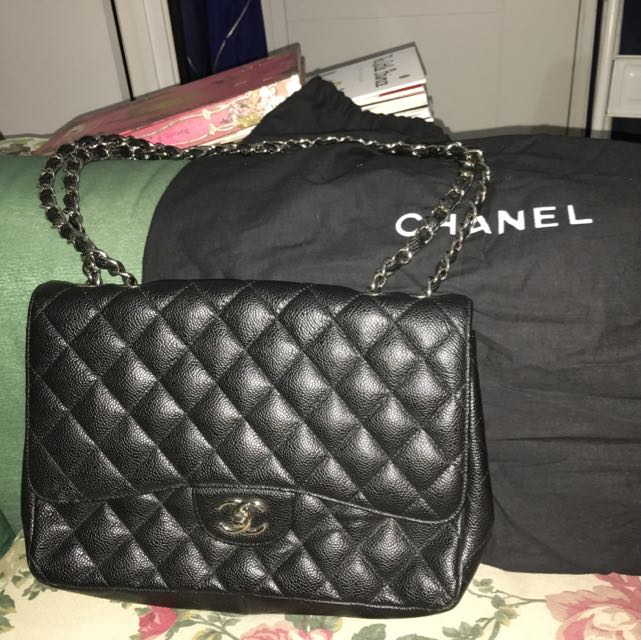 59daf69d8574f7 Chanel Bag (mirror Quality), Everything Else on Carousell