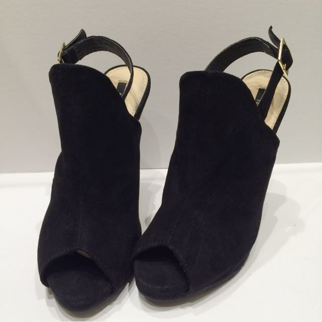 Forever 21 Black Suede Heels