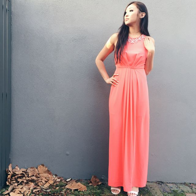 Forever New Coral Formal Dress