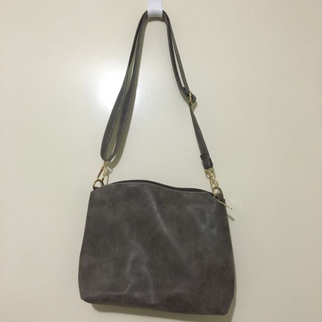 *Never Used* Small Shoulder Bag