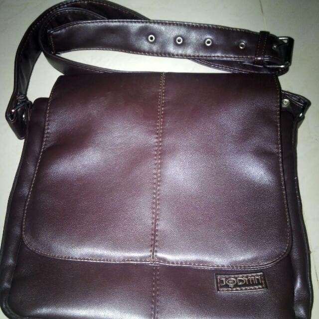 "slingbag ""jodyan"" wrna city brown coffee"