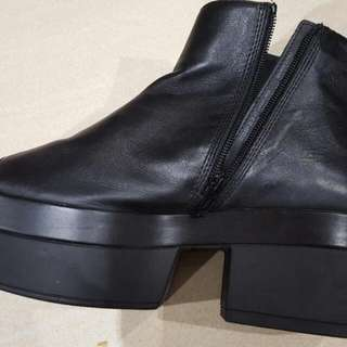 Leather Zip Up Peep Toe Flat Wedge Zip Up Ankle Boots