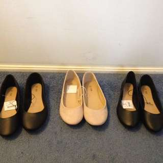 Size 8 Ballet Flats! Great For Work