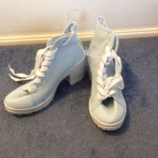 Size 9 Light Blue Boots!