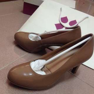 (Reduced) Naturalizer Heels