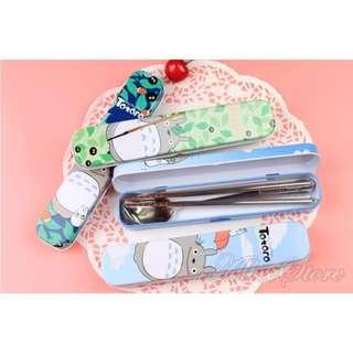 預購款✨龍貓 豆豆龍 鐵盒餐具組 (湯匙、筷子、鐵盒)