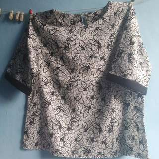 PRELOVED FLOWER SHIRT
