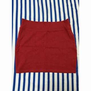 紅色包臀窄裙