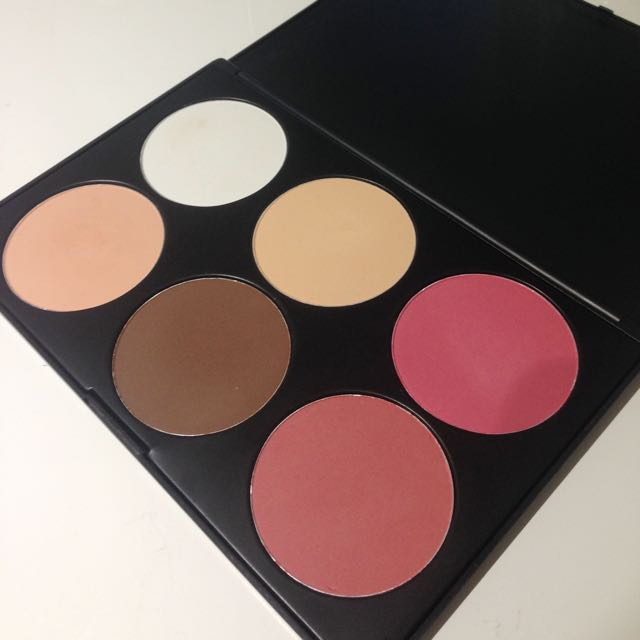 Bh Cosmetics Contour And Blush Pallete