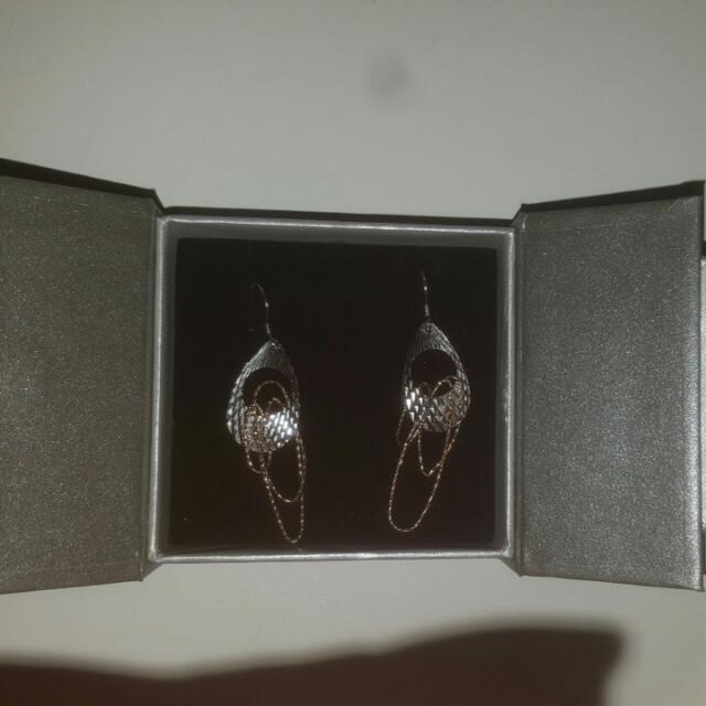 Hamiltons Earrings