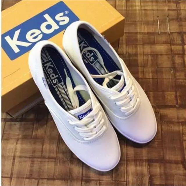 KEDS百搭小白帆布鞋