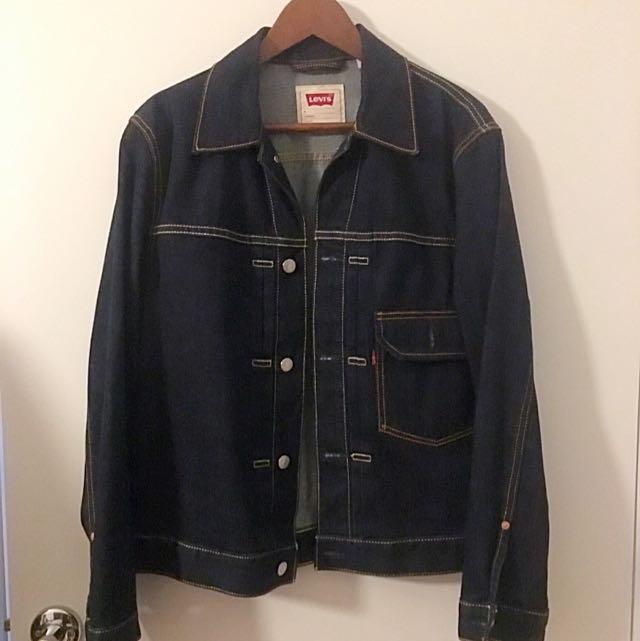 Levis Vintage Style Denim Jacket Size M