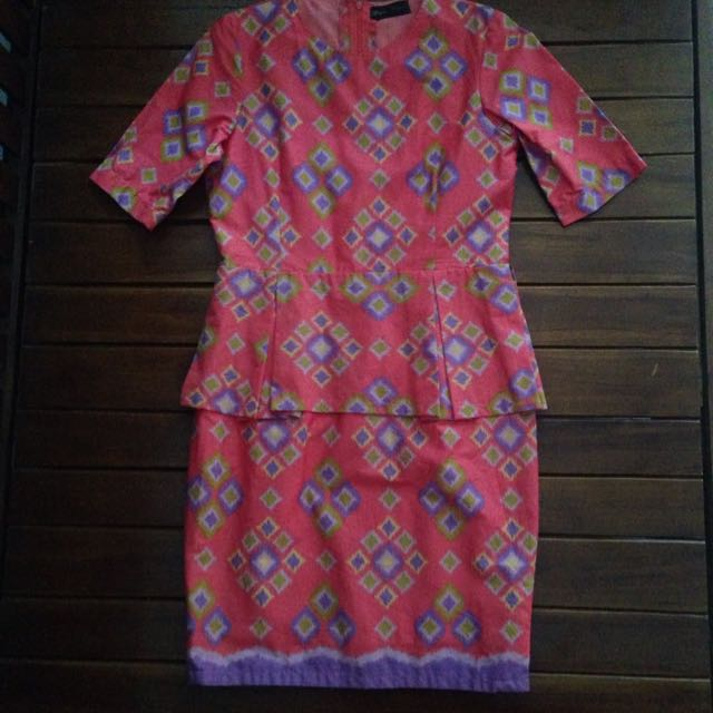 Peplum Dress Batik