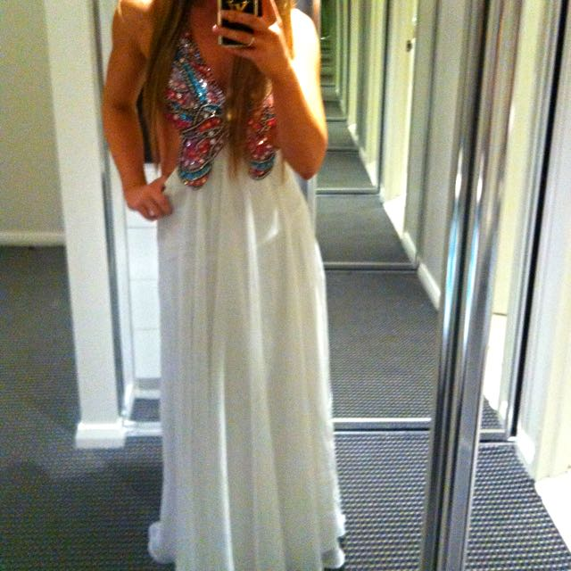 Stunning Formal Dress Size Sml