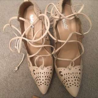 Size 6/37 Women's Cream Stiletto Lace/tie Up Heels Casual Or Dressy