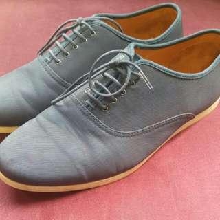 (Pending) Preloved Zara Man Size 43 Navy Shoes