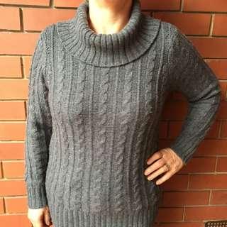 Wool Blend Charcoal Winter Knit