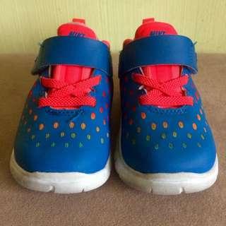 Nike Free US5C