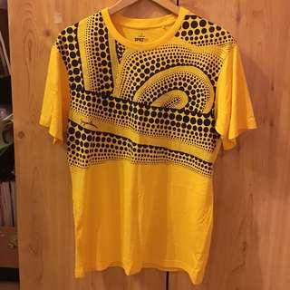UNIQLO Yayoi Kusama T-Shirt