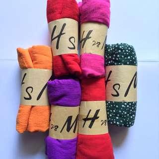 Wide shawl ( HsM)