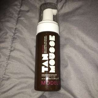 Medium Model Co Tanning Mousse