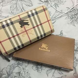 Burberry Lady's Wallet Replica