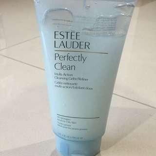 Estée Lauder Cleansing And Exfoliant