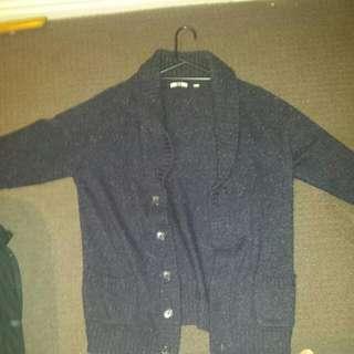 Uniqlo Cardigan Size M