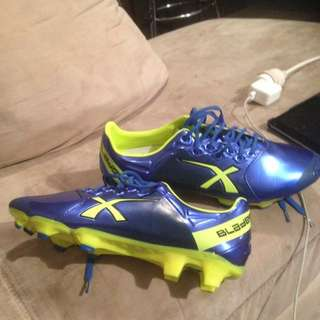size 10.5 super sonic blades boots