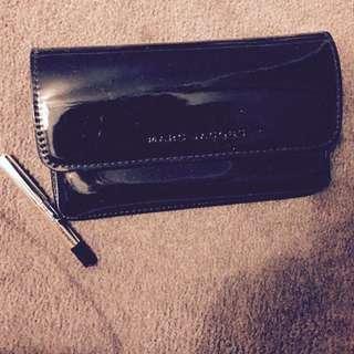 Marc Jacobs Clutch + Eyeliner Lux Sample